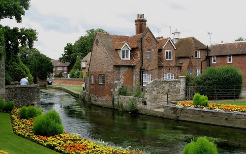 United-Kingdom-Canterbury-.jpg